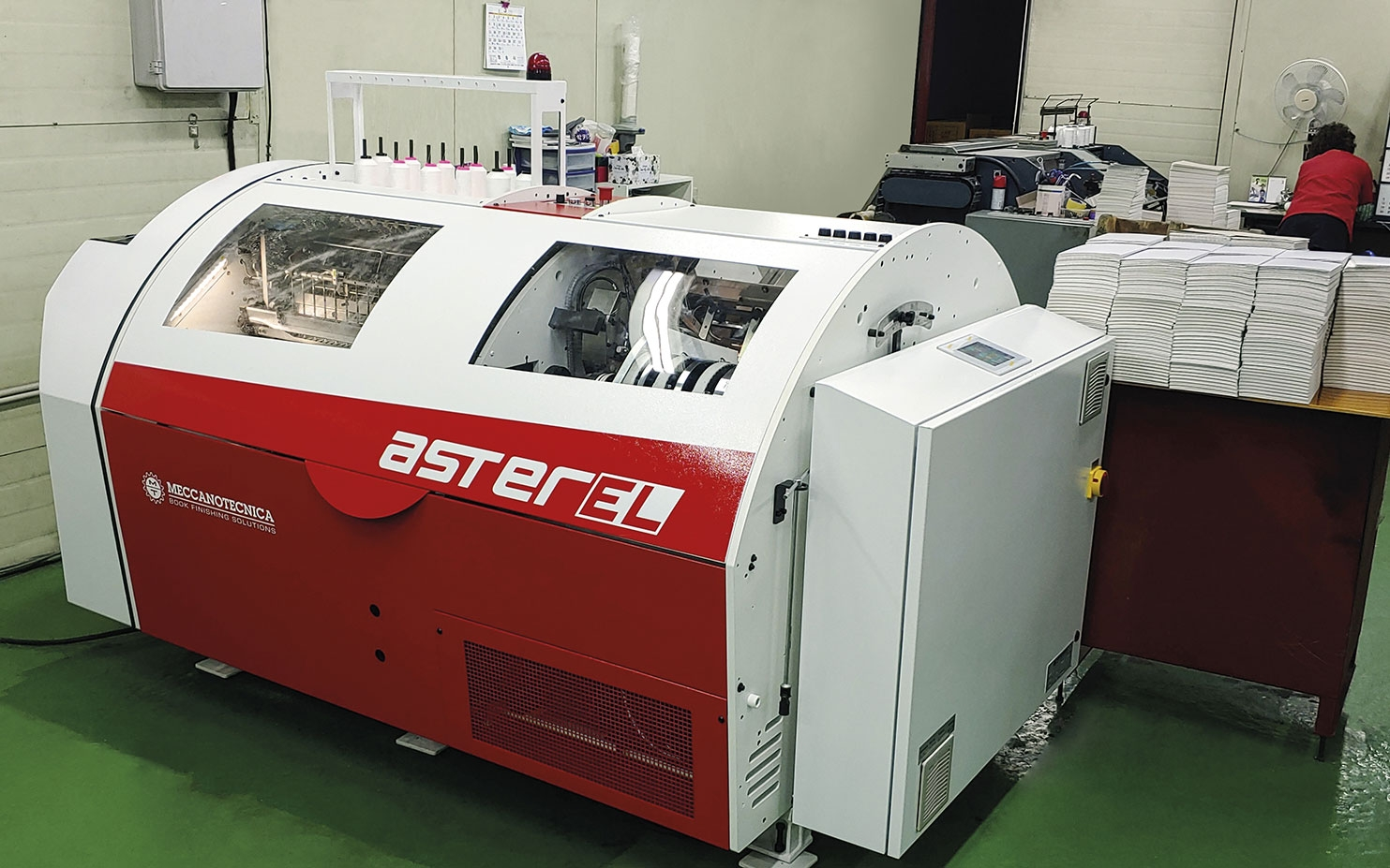 Woosung Binding has recently installed a brand new asterEL, automatic book sewing machine